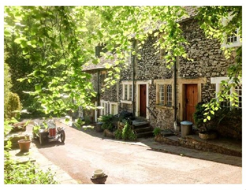 Click here for more about 73 Ravensdale Cottages