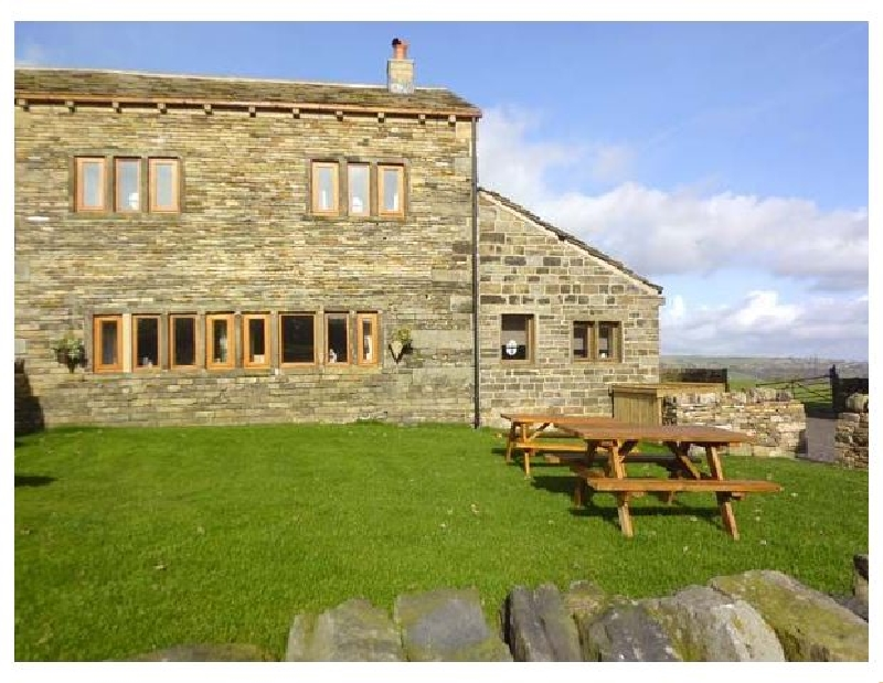 Click here for more about Upper Peaks Cottage