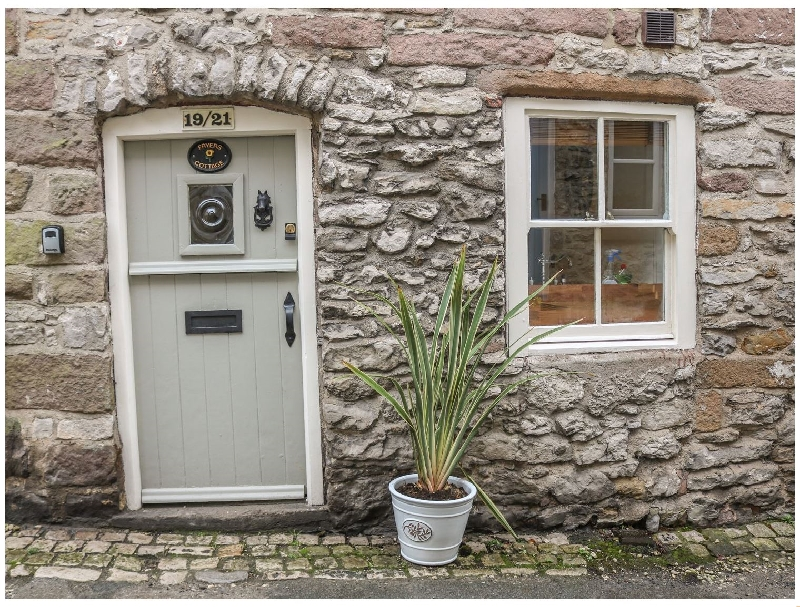 Click here for more about Fryers Cottage