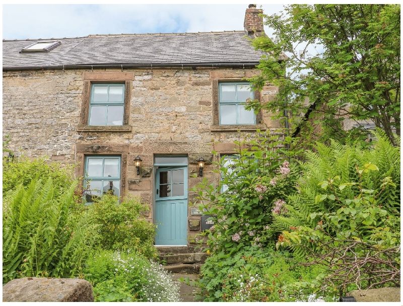 Click here for more about Holly Cottage